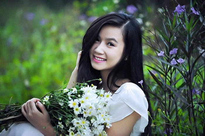 Cô gái xinh đẹp này cũng từng đạt giải Hoa khôi thân thiện của cuộc thi Nữ hoàng trang sức 2009