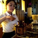 Cà phê sáng - Quán xưa